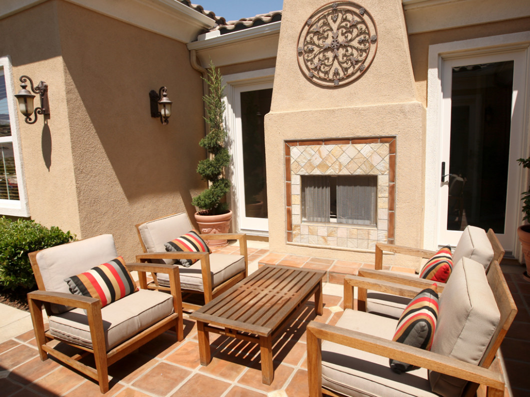 Make an Escape to Your Backyard with a Patio